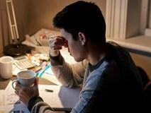 Muốn chồng sống lâu hơn, vợ cần nhắc nhở chồng làm đều đặn những việc này mỗi đêm