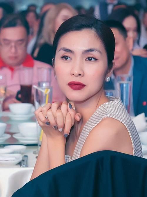 Diện mái tóc búi sang chảnh, Tăng Thanh Hà khiến fans mê mẩn bởi nhan sắc ngọc nữ tuổi 34-1