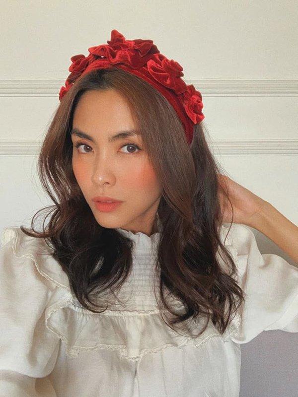 Diện mái tóc búi sang chảnh, Tăng Thanh Hà khiến fans mê mẩn bởi nhan sắc ngọc nữ tuổi 34-4