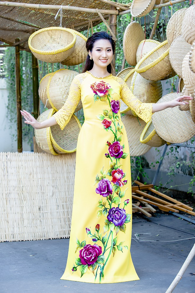 Cao Mỹ Kim xinh đẹp và quyến rũ trong tà áo dài-6