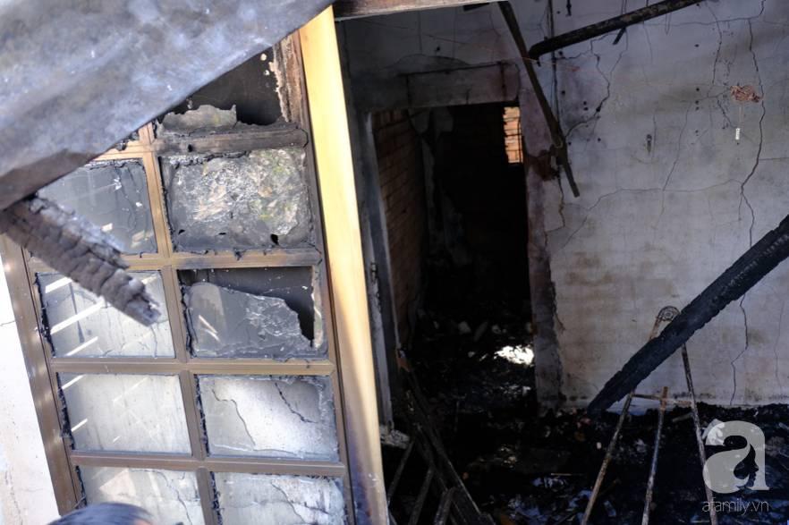 Hiện trường ngôi nhà xảy ra vụ hỏa hoạn khiến 5 mẹ con tử vong thương tâm ngày 27 Tết, mọi thứ đều cháy đen, chỉ còn lại đống đổ nát-3