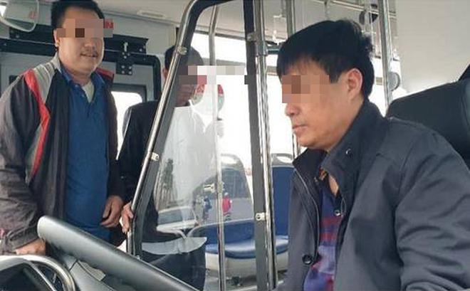 Tài xế xe buýt Hà Nội bị phạt 17 triệu do uống rượu từ hôm trước, nghĩ qua đêm không sao-1