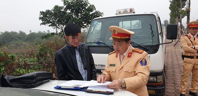 Tài xế xe buýt Hà Nội bị phạt 17 triệu do uống rượu từ hôm trước, nghĩ qua đêm không sao-2