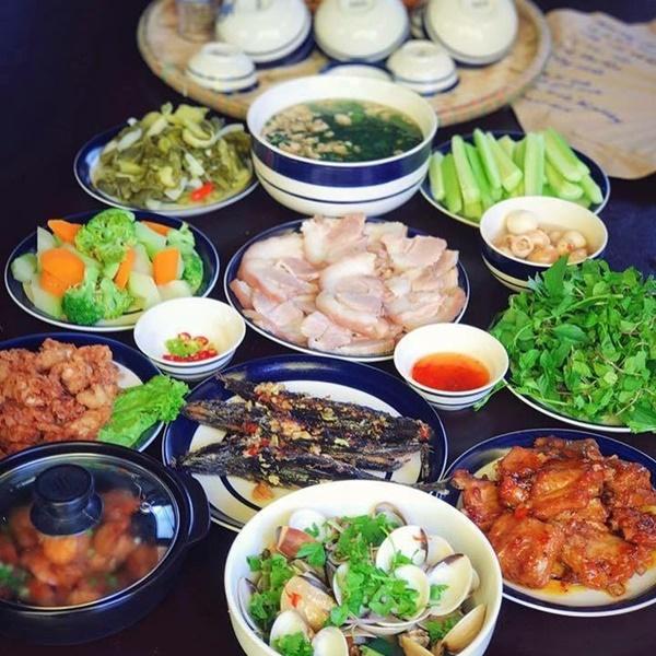 Bánh tét, thịt kho tàu và hương vị Tết cổ truyền miền Trung-1