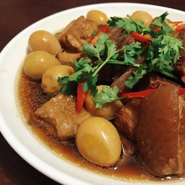 Bánh tét, thịt kho tàu và hương vị Tết cổ truyền miền Trung-9