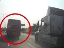 Bon chen trên cao tốc, xe khách gây tai nạn liên hoàn với 5 xe khác