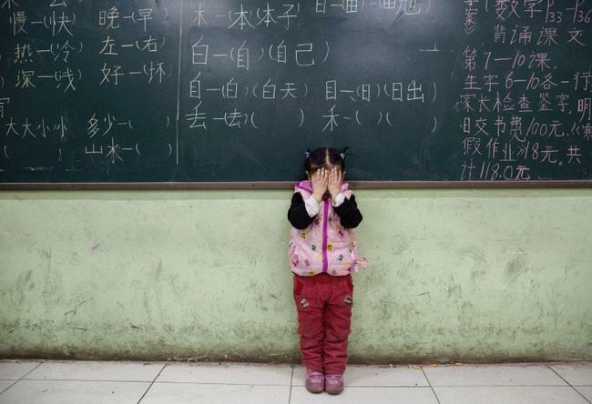 Cái giá phải trả của cặp đôi Trung Quốc khi dám sinh đứa con thứ 3: Cả vợ chồng cùng mất việc và ngày đêm tìm lại công lý trong vô vọng-6