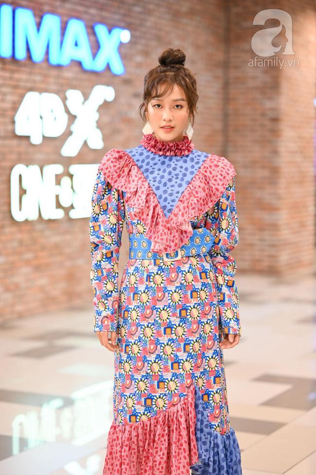 Nữ chính Hậu duệ mặt trời phiên bản Việt diện đồ lòe loẹt quá hóa sến tại sự kiện-2