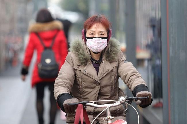Toàn cảnh viêm phổi Vũ Hán: Nỗi khiếp sợ dịch bệnh ngay đầu năm mới khi số người mắc bệnh và tử vong tăng nhanh, lan ra nhiều nước-2