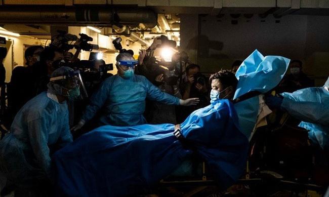 Toàn cảnh viêm phổi Vũ Hán: Nỗi khiếp sợ dịch bệnh ngay đầu năm mới khi số người mắc bệnh và tử vong tăng nhanh, lan ra nhiều nước-4