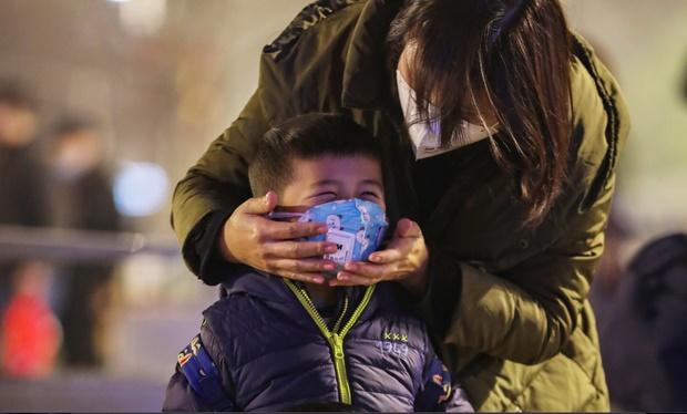 Lệnh đóng cửa Vũ Hán: 11 triệu dân bị giam lỏng, ăn Tết ngay tại tâm dịch bệnh-1