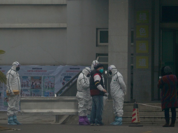 Lệnh đóng cửa Vũ Hán: 11 triệu dân bị giam lỏng, ăn Tết ngay tại tâm dịch bệnh-2