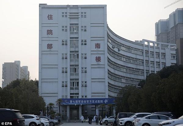 Bệnh nhân đầu tiên mắc virus corona ở Vũ Hán hồi phục, chia sẻ cảm nhận về những ngày nằm trong phòng điều trị tích cực-3