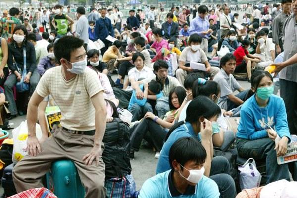Dịch viêm phổi Vũ Hán bùng phát khiến thế giới hồi tưởng đến đại dịch SARS ám ảnh của 17 năm trước, cũng bắt nguồn từ virus corona-13