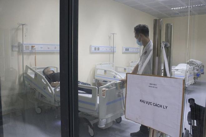 Cách ly bệnh nhân sốt cao ở Hà Nội, nghi nhiễm virus corona-1