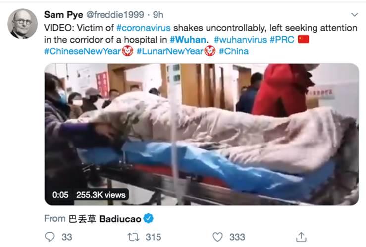 Tiếp tục một đoạn clip được cho là hình ảnh bệnh nhân bị viêm phổi Vũ Hán rung bần bật trên cáng khiến mọi người xung quanh lo sợ-1