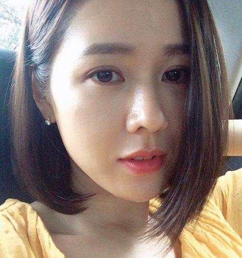 3 mẹo làm đẹp giúp Son Ye Jin có da mộc căng bóng-2