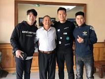 Xuân Trường cùng Thành Chung đi thăm thầy dịp Tết