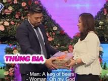 Bạn muốn hẹn hò: Mang bao tải lên sân khấu, người đàn ông rút ra hộp quà khiến tất cả