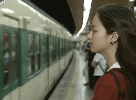 Loạt ảnh hiếm thời đại học của Kim Tae Hee cho thấy cô xứng đáng là một những nhan sắc cực phẩm của Kbiz-2