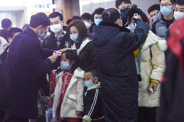 Nhìn lại trận chiến của người Trung Quốc với virus corona suốt 1 tuần qua cho thấy sức tàn phá kinh hoàng của viêm phổi Vũ Hán-7