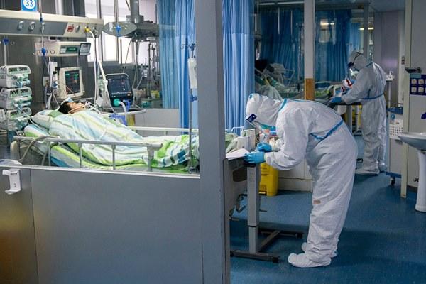 Nhìn lại trận chiến của người Trung Quốc với virus corona suốt 1 tuần qua cho thấy sức tàn phá kinh hoàng của viêm phổi Vũ Hán-10