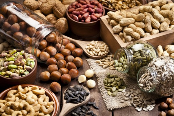 Món ăn ngày Tết mà nhà nào cũng có: Buồn mồm lại ăn cả vốc, tưởng là giảm cân nhưng ăn nhiều lại tăng cân khó kiểm soát-1