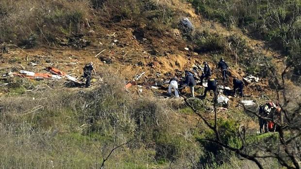 Xót xa trước hình ảnh vừa được công bố về vụ tai nạn thảm khốc cướp đi mạng sống của Kobe Bryant: Sau khi nổ tung, tất cả chỉ còn hoang tàn và đổ nất-5