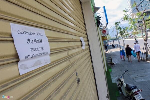 Đường vắng, quán đóng cửa khi ngưng đón khách Trung Quốc ở Nha Trang-4