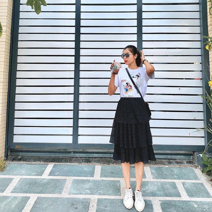 12 ý tưởng diện chân váy dài cực xinh và sang từ sao Việt bạn có thể diện quanh năm được-11