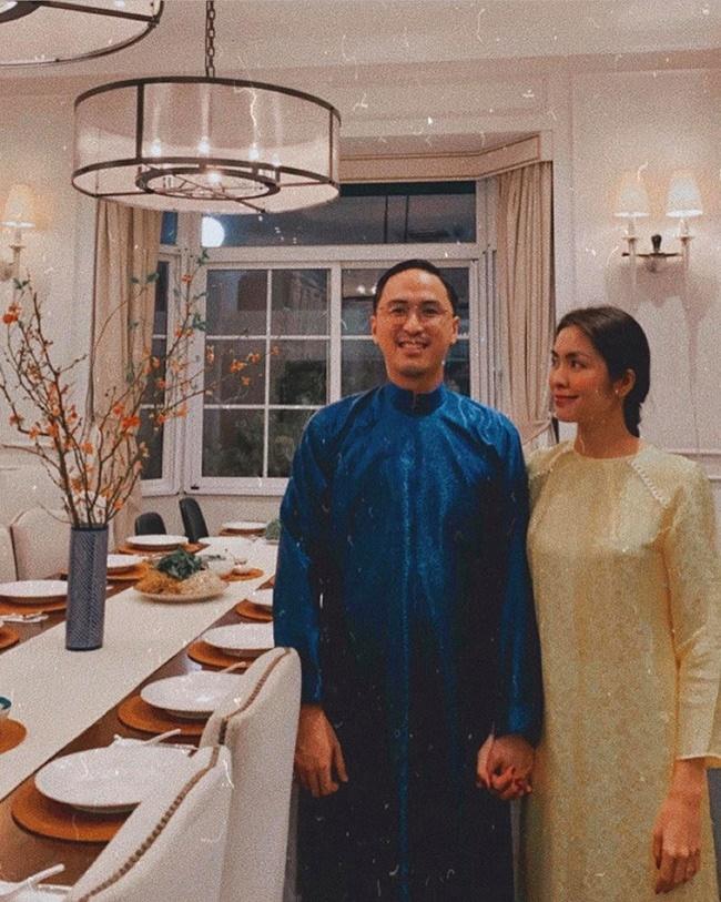 Choáng với nội thất vàng trong biệt thự của 2 người đẹp miền Tây lấy chồng đại gia-13