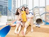 Từ lúc con gái 3 tháng tuổi, Vân Trang đã thường xuyên làm một việc giúp bé Nì mau mồm mau miệng, hỏi không ngớt khiến mẹ 'thấm mệt'