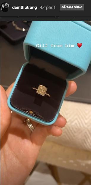 Lên tiếng về tin đồn bầu bí chưa bao lâu, Cường Đô La bất ngờ tặng nhẫn kim cương khủng cho bà xã-1
