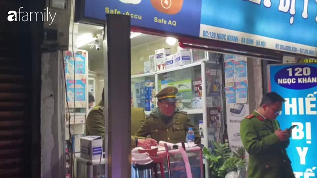 Hà Nội: Hàng loạt cửa hàng thuốc bị phạt vì đẩy giá khẩu trang lên cao để thu lời bất chính-2