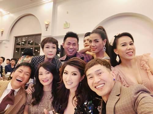Việt Hương, Hồng Đào và dàn nghệ sĩ dự đám cưới Xuân Lan ở Mỹ-2