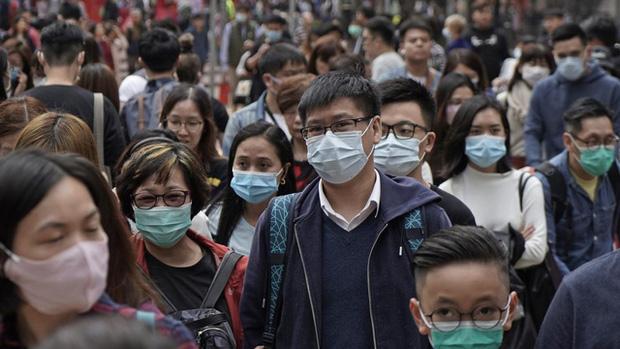 Chuyên gia y tế hàng đầu nước Mỹ thừa nhận Trung Quốc nói đúng: Virus corona có thể lây lan ngay cả khi chưa xuất hiện triệu chứng nào!-1