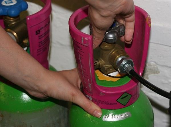 8 bí quyết cực hay giúp chị em nội trợ tiết kiệm được 50% lượng gas khi nấu ăn-2