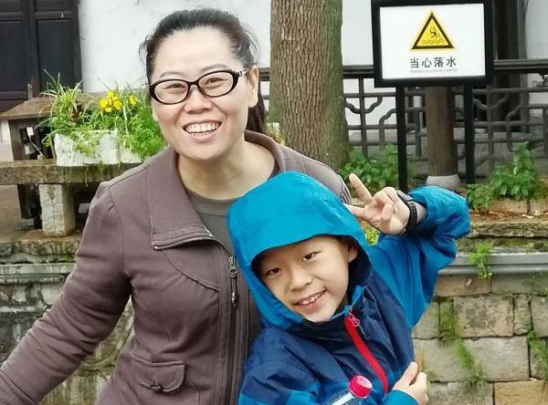 Bài văn kể về người mẹ đi Vũ Hán chống dịch-1