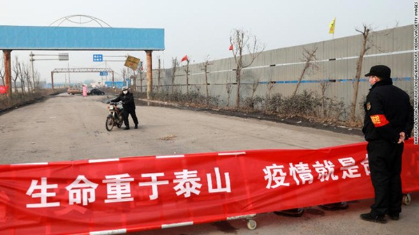 Người đến từ Vũ Hán: Đi đâu cũng bị ghẻ lạnh, trở thành tội đồ bị cộng đồng cô lập cách ly và lời khẩn cầu tha thiết-3