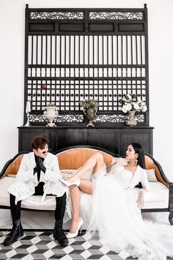 Kỷ niệm 4 năm 6 tháng yêu, BB Trần cùng bạn trai tung ảnh cô dâu - chú rể đẹp lộng lẫy-2