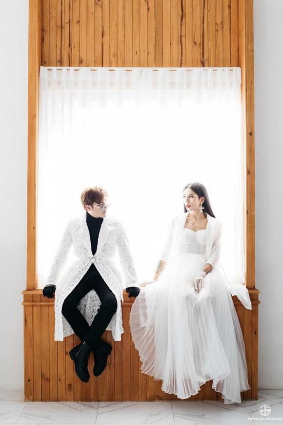 Kỷ niệm 4 năm 6 tháng yêu, BB Trần cùng bạn trai tung ảnh cô dâu - chú rể đẹp lộng lẫy-4