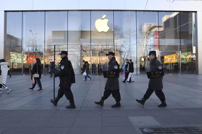 Đóng cửa hàng 1 tuần, Apple sẽ thất thu khoảng 1 triệu iPhone-1