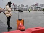 Hong Kong giám sát người nghi nhiễm virus corona bằng vòng đeo tay-2