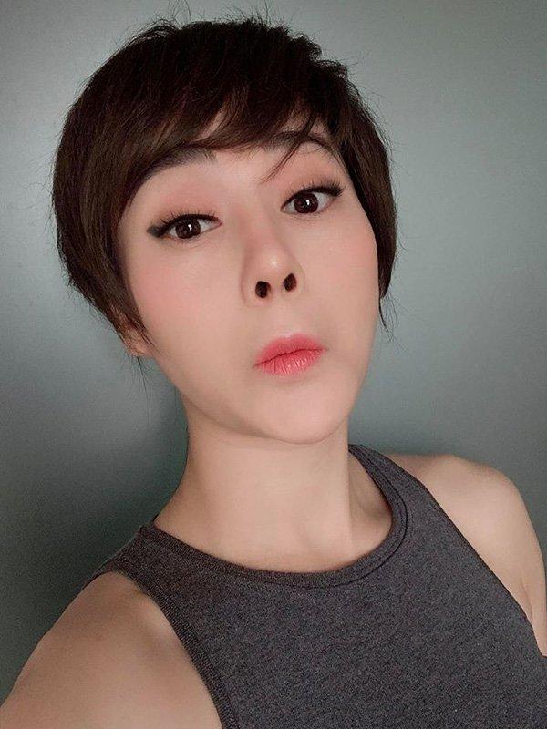 Chán tóc ngắn, Quỳnh Búp Bê thay đổi 180 độ với mái tóc dài vừa sexy vừa sang chảnh-8