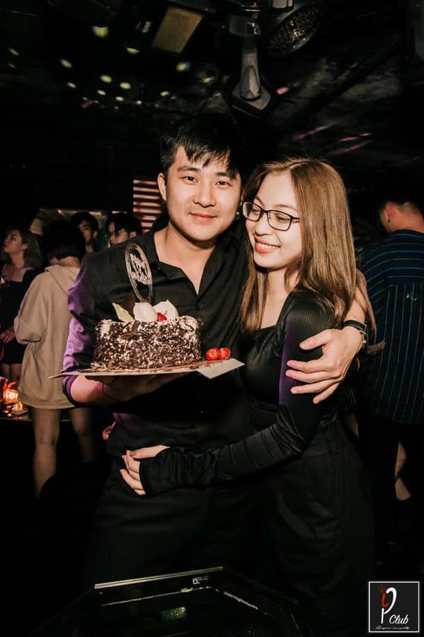Nhật Lê ôm bạn trai mới đầy tình cảm, fan Quang Hải gắt gỏng: Giờ thì thôi khóc mướn cho mối tình năm 17 tuổi được rồi-1