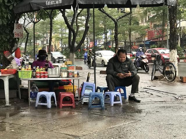 Quán hàng ế ẩm, doanh thu lao dốc vì dịch cúm Corona-2