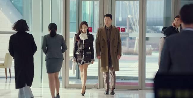 Muốn lịm đi mỗi lần Hyun Bin diện vest cực bảnh trong Hạ Cánh Nơi Anh, lỡ mai này rời xa thì Son Ye Jin biết sống sao?-2
