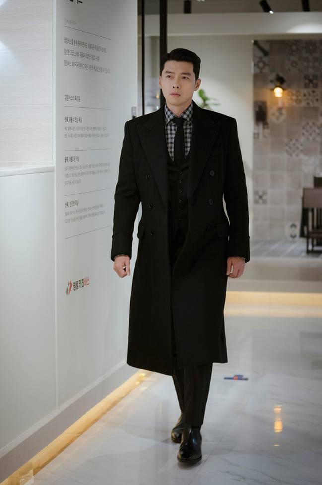 Muốn lịm đi mỗi lần Hyun Bin diện vest cực bảnh trong Hạ Cánh Nơi Anh, lỡ mai này rời xa thì Son Ye Jin biết sống sao?-4