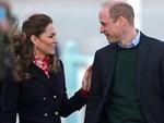 Meghan Markle lần đầu tiên xuất hiện với chồng sau khi rời khỏi hoàng gia Anh, nhìn vẻ ngoài của cô khiến ai cũng ngán ngẩm-4