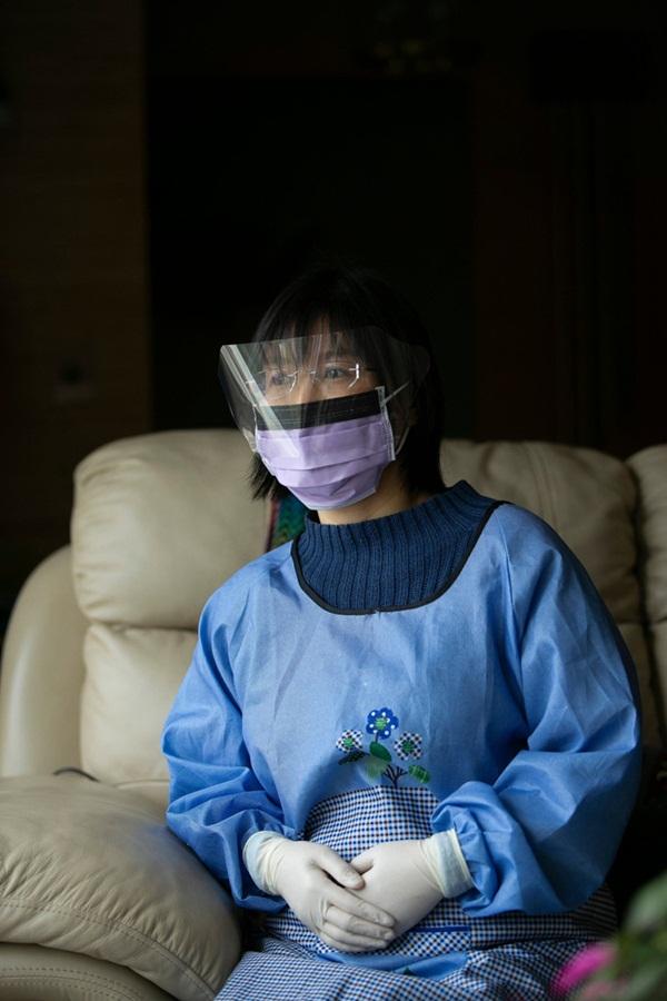 Số phận của nhiều người Mỹ trở về từ ổ dịch Trung Quốc: Tự nguyện cách ly 14 ngày, sống xa lánh xã hội-1